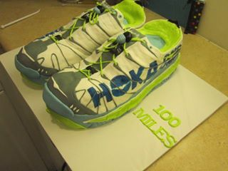 Running Shoes Cake 2